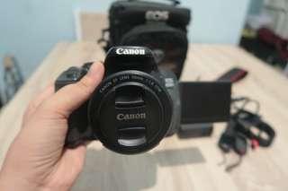 ‼️🚨Canon 650D Flipscreen + Canon 50mm Prime Lens