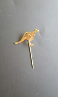 Australian Kangaroo Gold Souvenir Lapel Pin