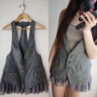 🚚 日本品牌INGNI灰色挺版西裝式背心下襬蕾絲材質可拆