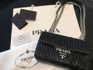PRADA Nappa Gaufre Nero Black Crossbag