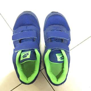 Kids Authentic nike shoes