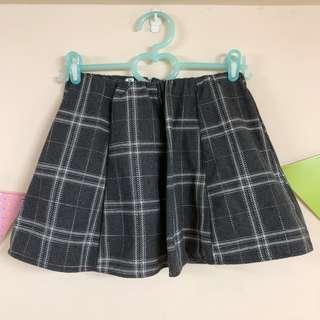 🚚 格子短裙(內建安全褲)