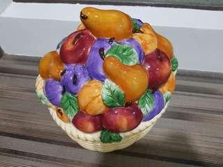 Kitchen decor - fruit design display