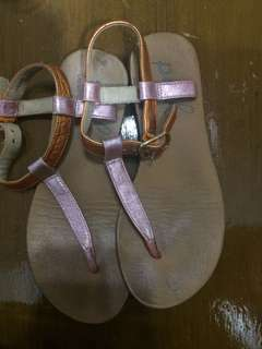 Payless sandals for kids 5-7 yrs old