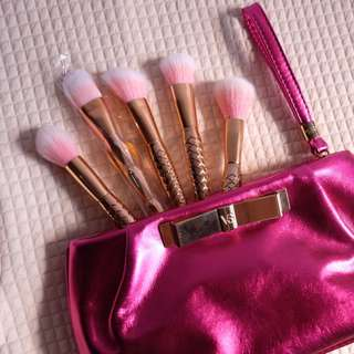 Brand New Mermaid Brushes + Free Victoria's Secret Pouch