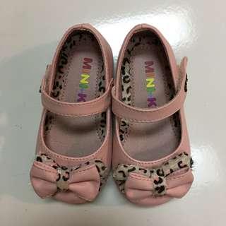 🚚 粉色蝴蝶結童鞋~14公分