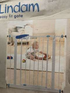 Lindam Easy Fit ( Baby Gate)