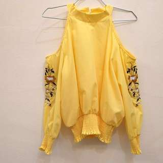 [New] Embroided Yellow  Top