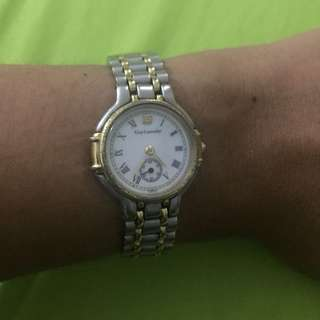 Authentic Guy Laroche 2Tone W/ Independent Sub Dial Ladies Watch