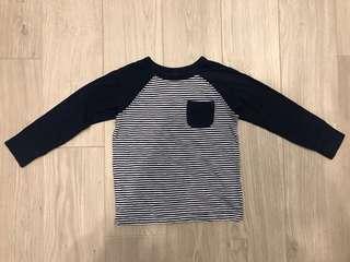 🚚 Old Navy 藍色條紋男童T-shirt