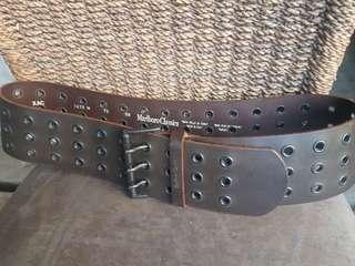 Marlboro Classics leather belt