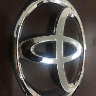 Toyota Altis Front Emblem