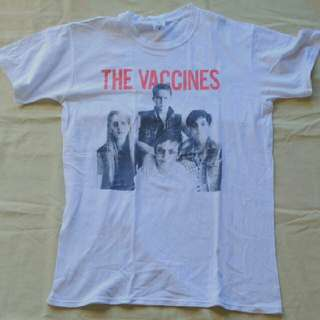 Baju Band The Vaccines