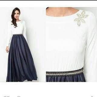 Zalia Dress Size XL