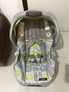 Graco Classic Connect Car Seat & Carrier