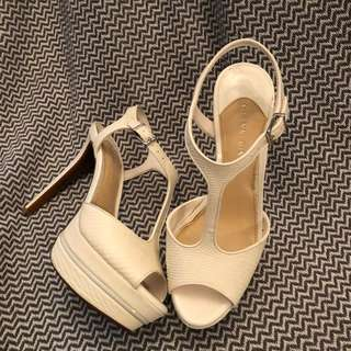 👠Gianni Bini heels 👠