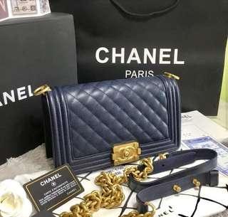 Chanel Le Boy Caviar 25cm