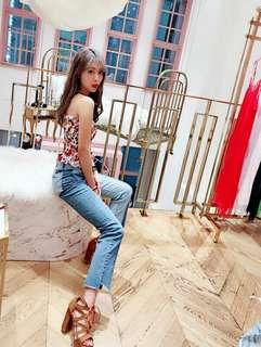 🚚 正韓 高單價 歐美明星款 超美拼接配色 側邊褲管缺損 顯瘦牛仔長褲