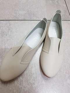 小白鞋 - 37號
