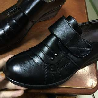 Female shoes