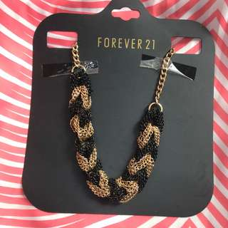 Forever 21 Black & Gold chain necklace