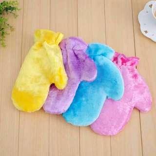 Kitchen Gloves & wash car 3pcs for $18
