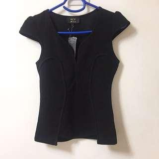 黑色修腰衫
