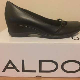 Aldo Wedges- Size 5