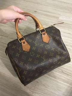 Authentic preloved LV Speedy 25