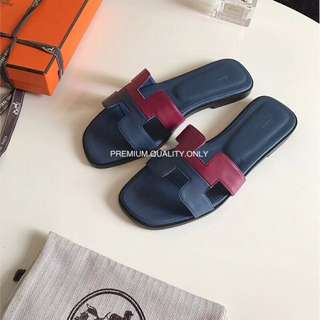 Hermes Oran Dual colour Sandals - midnight blue