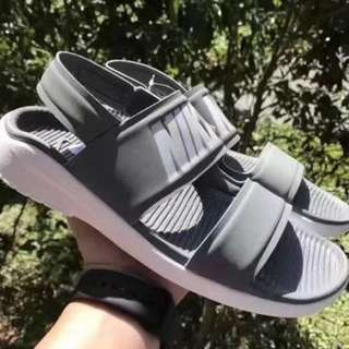 [NEW SALES ] [PO] PROMOTION MONTH OF2018 !!NIKE SANDALS ON SALES NOW !! HURRY GET THIS CUTE ITEMS NOW