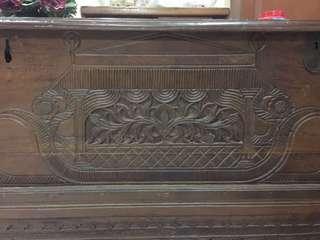 Gerobok peti antik kuno kayu solid ukuran 126x50x95