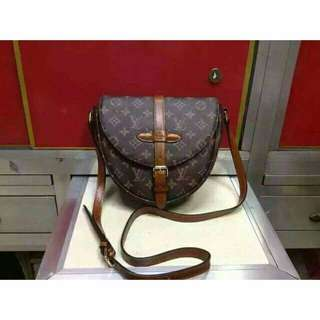 LV sling bag saint cloud