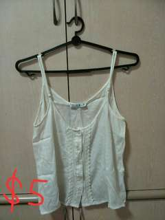 💥PRELOVED LADIES FASHION WHITE SPAGHETTI TOP FOR SALE!!! BEST OFFER PRICE!!! HURRY UP!💥