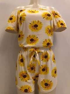 Sunflower Pair (White)