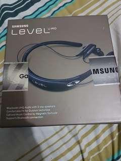 Samsung level U pro bluetooth headset