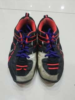 Sepatu badminton phoenix