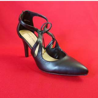 Charles Jourdan black high heels NEW