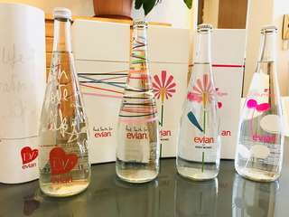 Evian Glass Bottle Limited Edition 限定Evian玻璃水樽