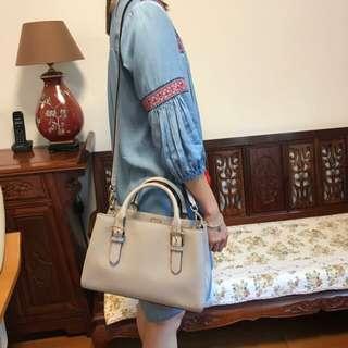 Kate Spade ♠️ beige color long strape leather bag