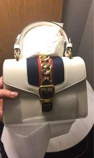🚚 美國精品代購❤️Gucci sylvie leather mini bag