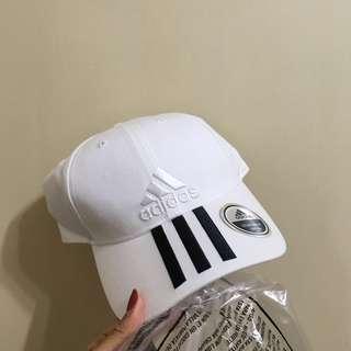 🚚 全新✨adidas白老帽
