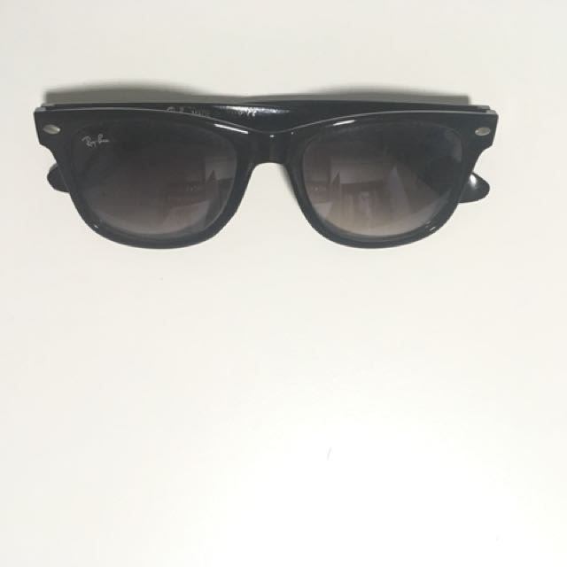 40f9f5cbc2f Black Ray Ban Sunglasses