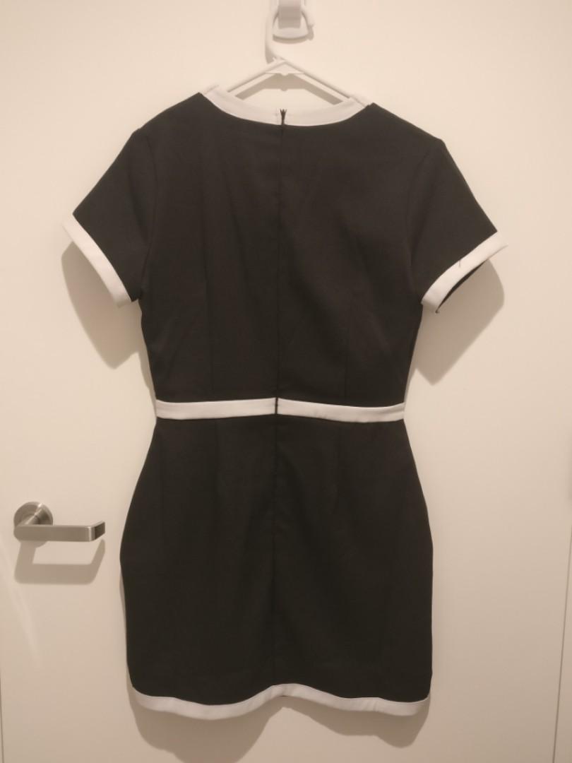 Black/White V neck dress