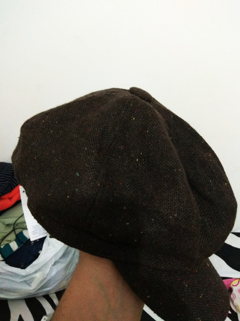 87105a29065  MURAH  GU by uniqlo Flatcap Multiple Colours of Dots in Brown