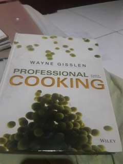 Wayne Gisslen Professional Cooking 8th edition