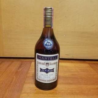 舊酒收藏70年代Martell馬爹利青樽金牌大香檳cognac 70cl