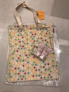 Loccitane tote bag and body care set