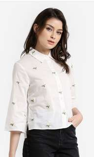Embroidered white sleeve shirt (L)