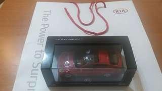 出售全新1:38 kia模型車(pull back system)連原裝紙袋